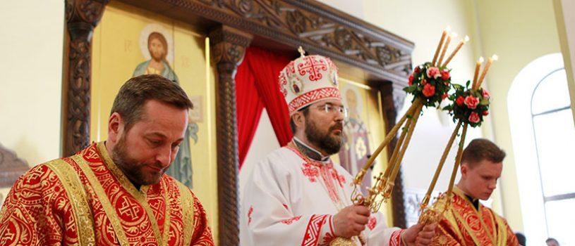 В день престольного праздника епископ Серафим совершил всенощное бдение и Божественную литургию в кафедральном соборе