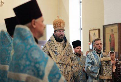Накануне праздника Успения Пресвятой Богородицы епископ Серафим совершил всенощное бдение в кафедральном соборе